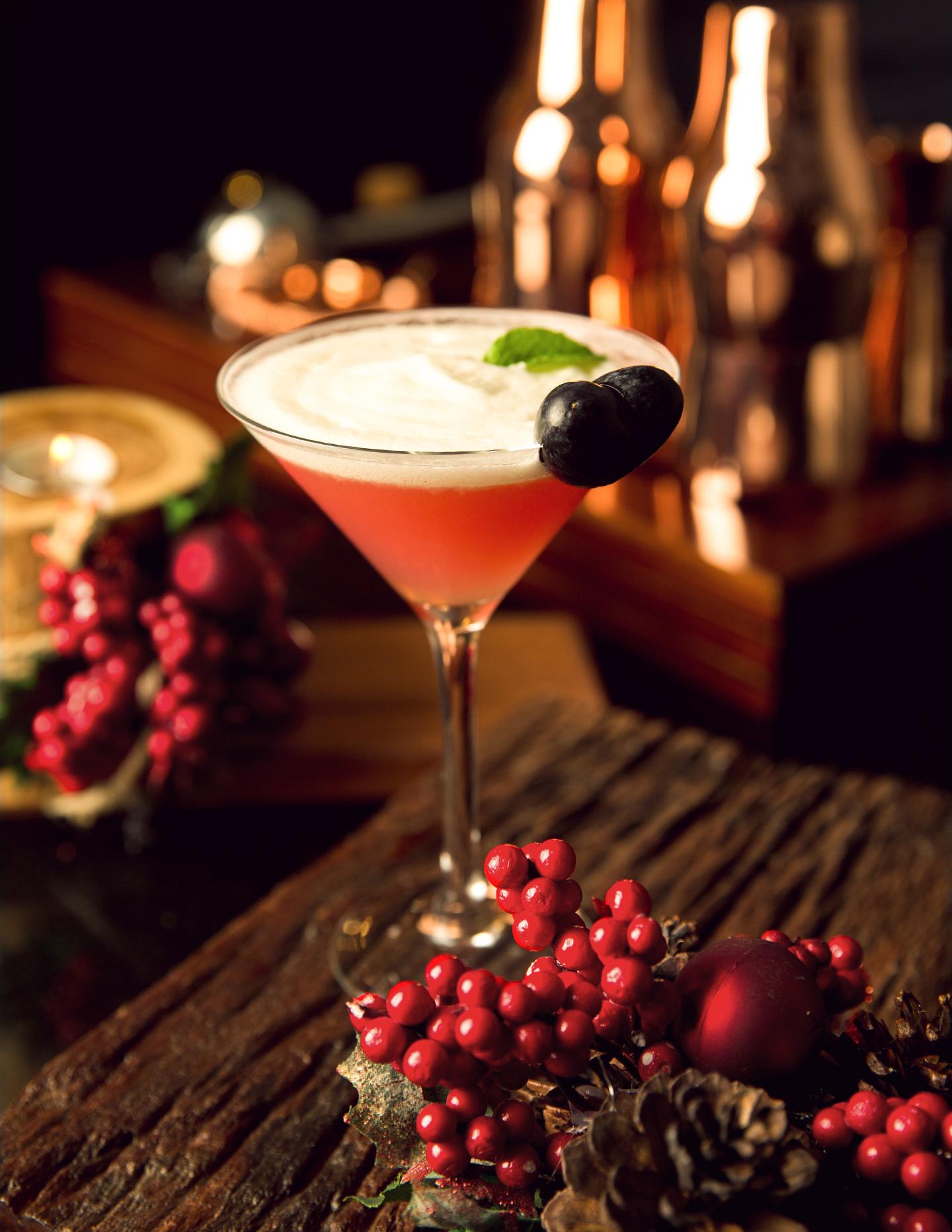CHLOE O'Clock - Sunset Bar